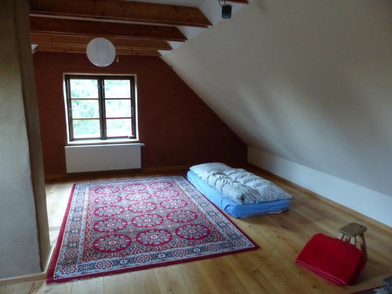 zimmer frei indigohof. Black Bedroom Furniture Sets. Home Design Ideas